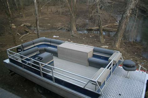 Pontoon Boat Flooring Material by Viewing A Thread Best Decking Material For A Pontoon