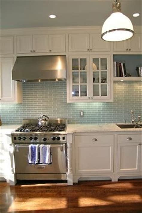 kitchen colors ideas pictures i the cabinets wouldn t this look great with lg 6576