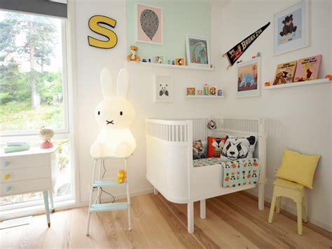 chambre scandinave deco chambre bebe design scandinave lit design pour bb with