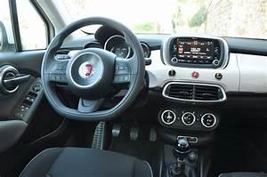 Fiat 500 Interieur : fiat 500x le suv version dolce vita ~ Gottalentnigeria.com Avis de Voitures