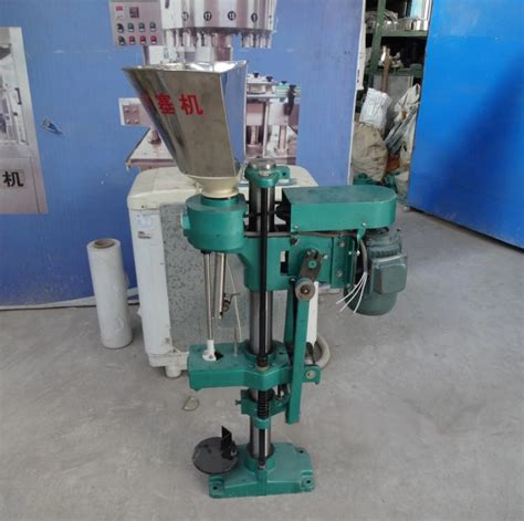 electric wine bottles glass containers corks inserting corking equipment caps sealing machinery