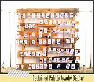 Reclaimed palette jewelry display diy