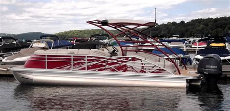 Bennington Boats Sold by Bennington 2575 Qcw Sports Tower 2014 For Sale For 79 995