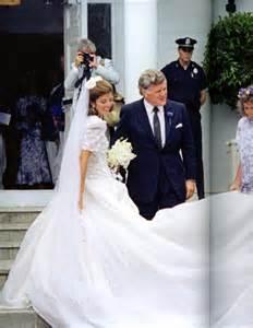 caroline kennedy wedding dress caroline kennedy wedding dresses pictures ideas guide to buying stylish wedding dresses