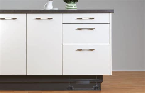 meuble cuisine hauteur 70 cm hauteur placard cuisine meuble haut 500 vitr grande