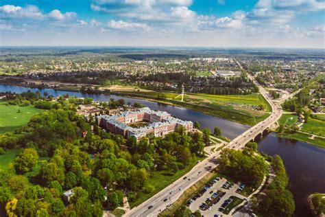 Stādu dienas no putna lidojuma   Festivāli Jelgavā