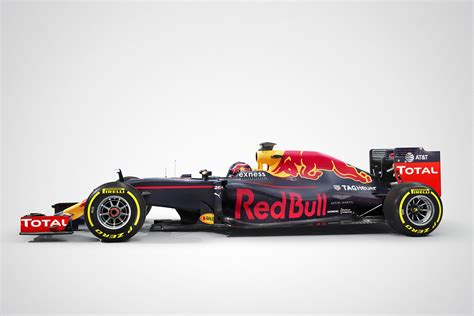 Hypercar Aston Martin-red Bull Racing
