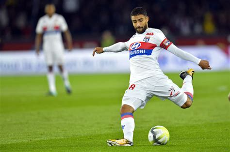 arsenal transfer news nabil fekir wants la liga move