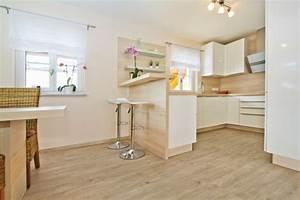Laminatboden In Der Küche : moderner laminatboden 130 sch ne beispiele ~ Lizthompson.info Haus und Dekorationen