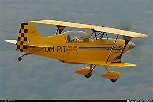 OM-PIT - Aviat S-2C Pitts Special operated by Private ...