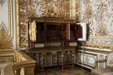 la chambre de la reine la chambre de la reine à versailles page 3