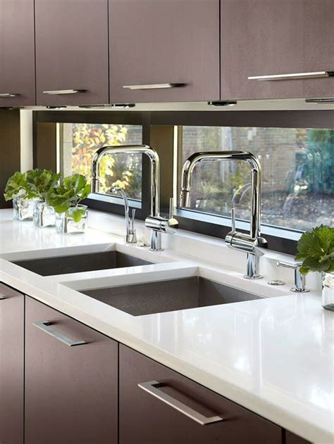 tiles in the kitchen 105 best images about small kitchen windows on 6232