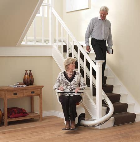 seniorengerechtes wohnen treppenlift modelle