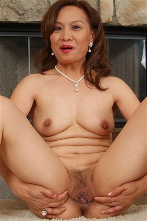Naked Indonesian Mature Women Hot Porno