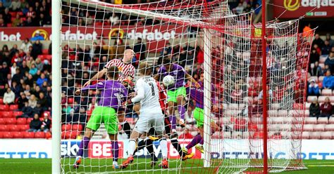 Bristol City extend Sunderland's dreadful home record with ...