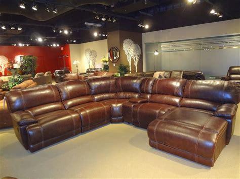 magasin de canape cuir apprendre 224 233 valuer canap 233 s et couches au magasin canap 233 pour la durabilit 233 et de l artisanat
