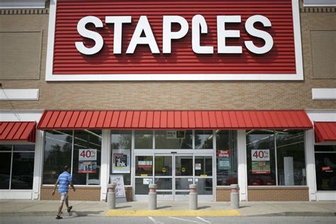 Office Supplies Louisville Ky by Staples Merger With Office Depot Draws From
