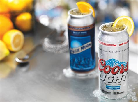 how to make coors light taste red robin launches coors light blue moon 39 beer cocktails 39