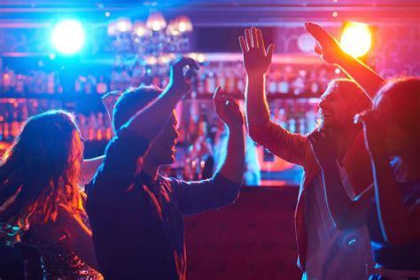 toronto clubs  bars  fighting  opioid