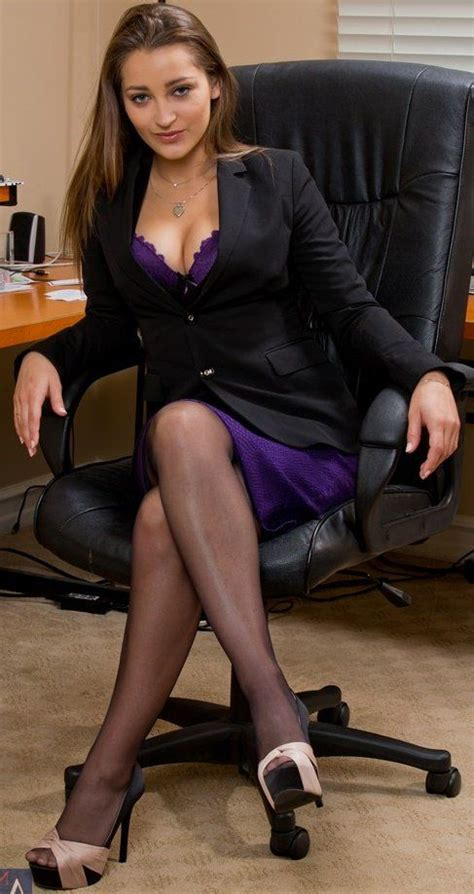 Pin On Sexy Business Women