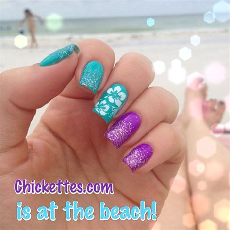 Beach Manicure  Chickettes Soakoff Gel Polish Swatches