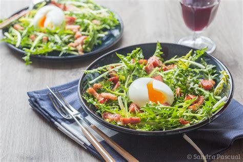 cuisine asiatique poulet salade de pissenlit lardons oeuf mollet cuisine