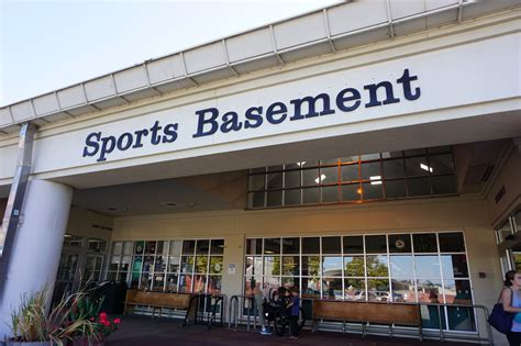Sports Basement : A San Francisco Sports Store With Style