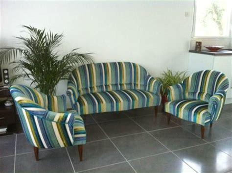 canapé tapissier fauteuil en velours vert pictures