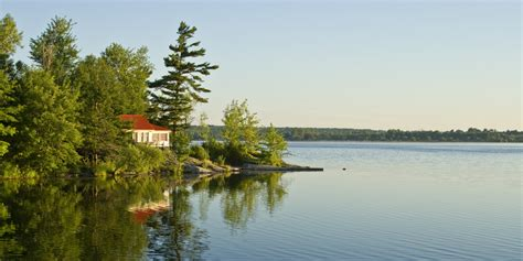 Cottages For Sale In Canada Look What Theyll Run You