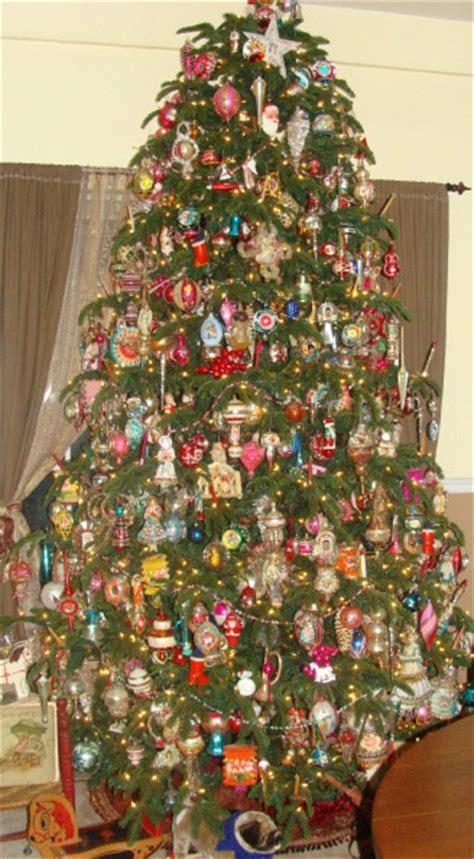 home filled  antique christmas  missouri