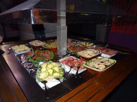 cuisiner pour 20 personnes colorbowl picture of colorbowl tinqueux tripadvisor
