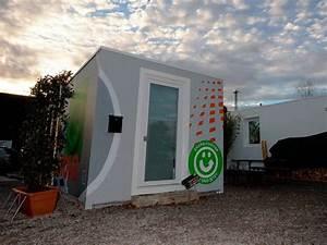 Container Studenten Berlin : freiburger studenten testen das wohnen im container freiburg badische zeitung ~ Markanthonyermac.com Haus und Dekorationen