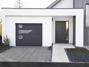 Choisissez votre porte de garage residentielle avec la for Porte de garage coulissante et porte a carreaux