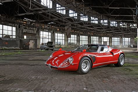 Alfa Romeo Tipo 33 by Alfa Romeo Tipo 33 Stradale Specificaties En Info