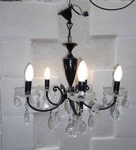 Lustre à Pampilles : ancien lustre pampilles revisit en lustre baroque noir anjoudeco ~ Teatrodelosmanantiales.com Idées de Décoration
