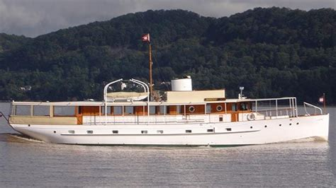 Motor Yacht For Sale Ebay by Yachts For Sale Vintage Motor Yachts For Sale