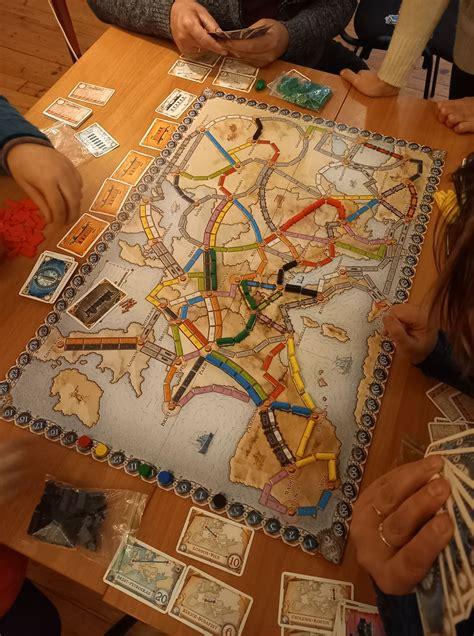 Subatieši ļaujas galda spēļu priekam - Ilūkstes novada ...