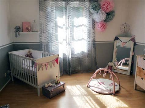 diy chambre bébé pompons en papier de soie déco chambre bébé