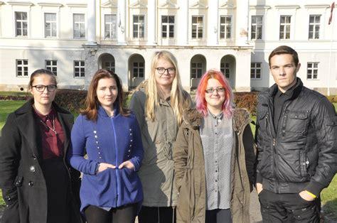 Jaunieši sniedz ieguldījumu sabiedrībā aktuālu problēmu risināšanā   liepajniekiem.lv