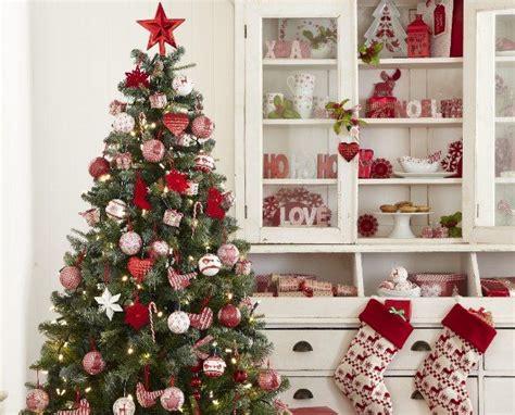 Weihnachtsbaum Rot Silber Geschmückt by Prachtvoll Geschm 252 Ckt Liebevoll Dekoriert Die Sch 246 Nsten