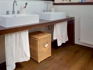 Holz Für Feuchträume : boden aus parkett veredelt auch das badezimmer energie fachberater ~ Markanthonyermac.com Haus und Dekorationen