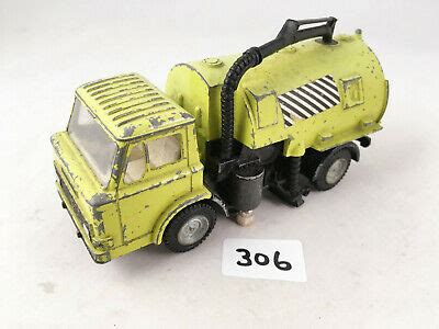 DINKY TOYS # 451 FORD D800 JOHNSTON ROADSWEEPER TRUCK ...