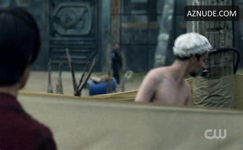 devon bostick sexy scene in the 100 aznude men