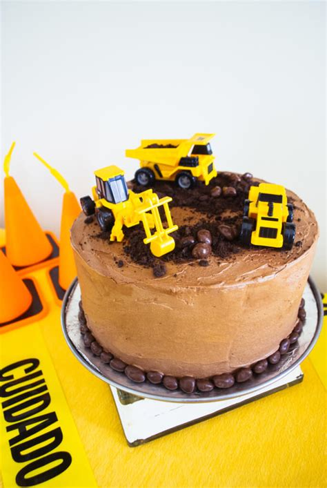 Construction Cake Decorations by Easy Construction Birthday Cake Merriment Design