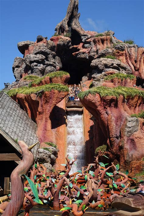 splash mountain warning wet disney world blog