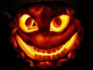 Extreme halloween pumpkin photos diy for Extreme pumpkin carving templates