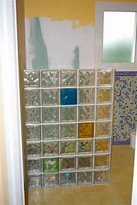 Brique De Verre Couleur : mur en brique de verre photospassion ~ Melissatoandfro.com Idées de Décoration