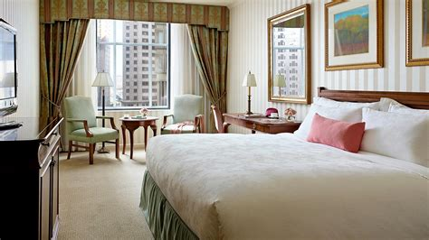 luxury deluxe hotel room in boston the langham boston