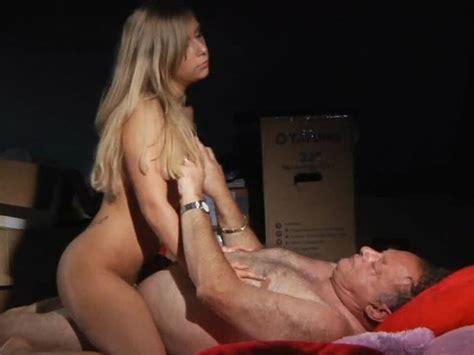 Lena Nitro Gwiazda Porno Porno Online | CLOUDY GIRL PICS