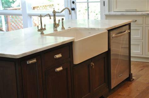 kitchen island sink dishwasher farmhouse sink dishwasher in island kitchen 5152